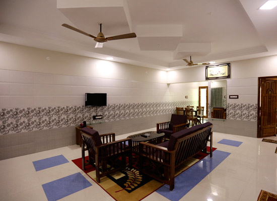 Budget Hotels in Thanjavur, Budget Hotels in Thanjavur,home stay, budget stay, business class hotels in thanjavur