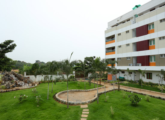 Hotel Green Palace :: Luxurious Business Class, Budget Hotels